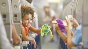 как развлечь ребенка в самолете картинка