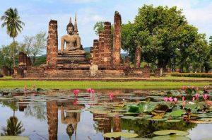 Исторический город Сукотаи в Таиланде фото