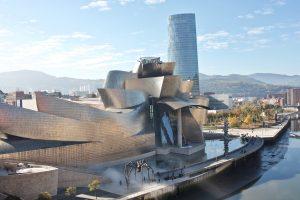 Музей Гуггенхайма в Бильбао фото