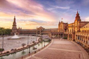 Площадь Испании в Севильи красивый вид фото