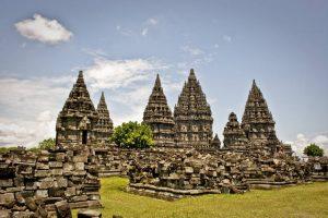 Храмовый комплекс Прамбанан на Бали фото