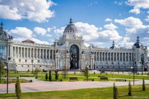 Дворец земледельцев и Дворцовая площадь
