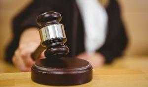 страховая нарушает закон