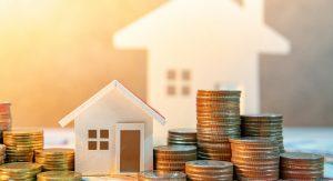 где дешевле страховать деревянный дом