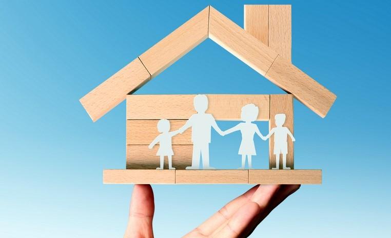 где застраховать деревянный дом недорого