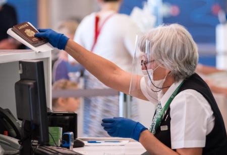 коронавирус проверка в аэропорту