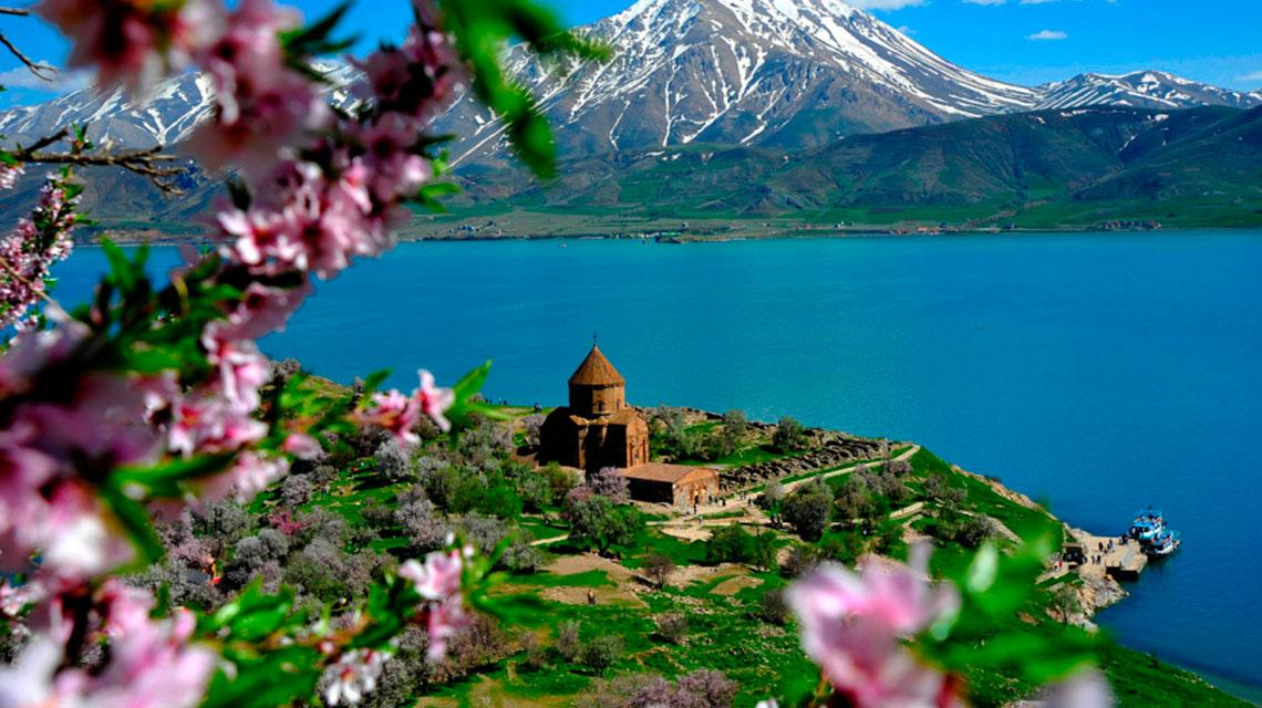 отдых на озере Севан в Армении